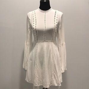 Forever 21 crochet lace detail dress